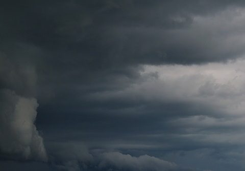 storm-391373_640.jpg